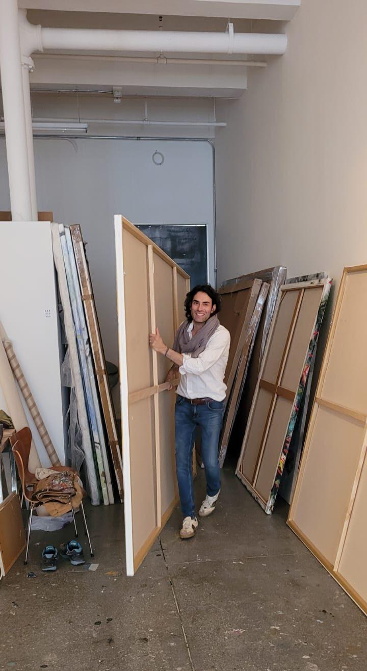 Alexander Yulish in Studio