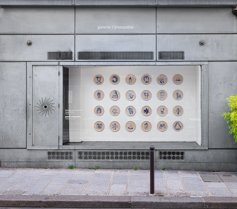 In the meantime, for the tenth anniversary of Galerie L'inlassable and on the occasion of the inauguration of the new space of Monteverita, the recent works of the 28 artists who have made the history of the gallery are presented together.